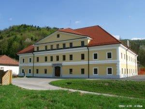 Auerspererjev dvorec (sodnija)